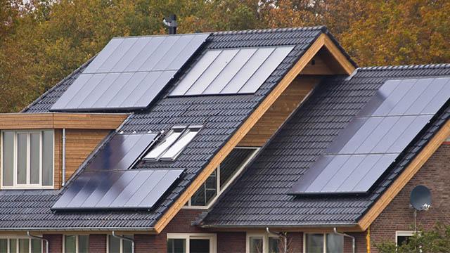 Pannello Solare Quanto Produce : Quanto costa un pannello fotovoltaico e come si stabilisce