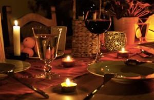 Ora della terra: cena a lume di candela a Fa la cosa giusta