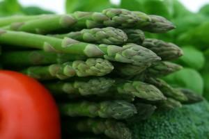 Asparagi verdura di stagione di aprile