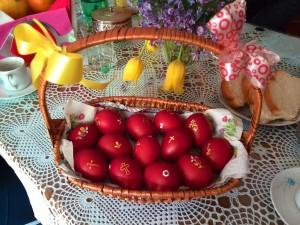 Pasqua ortodossa, il rito delle uova colorate