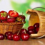 Ciliegie, fragole, melone: ecco la frutta di stagione del mese di maggio