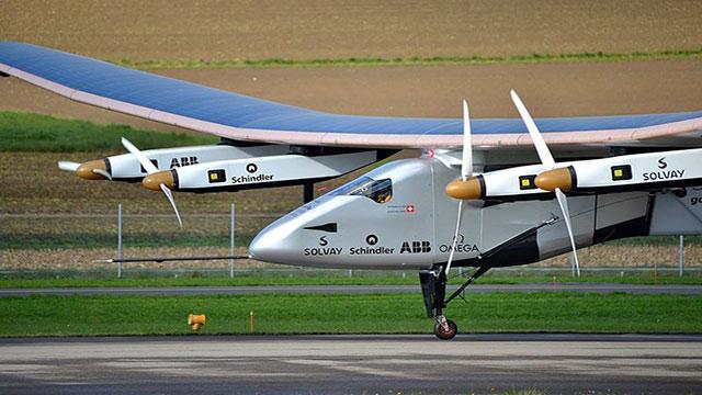 Solar Impulse 2 aereo a energia solare