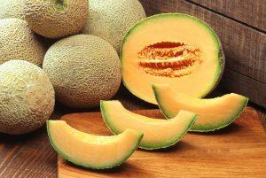 melone frutta di stagione di maggio