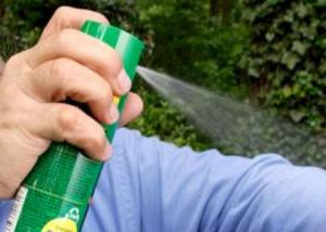 repellenti antizanzare chimici a base di deet