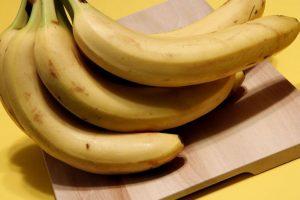 banane frutta di stagione del mese di luglio