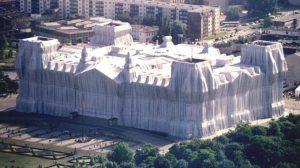 Christo Reichstag impacchettato
