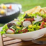 Insalate estive: le 5 ricette più sfiziose, leggere e veloci