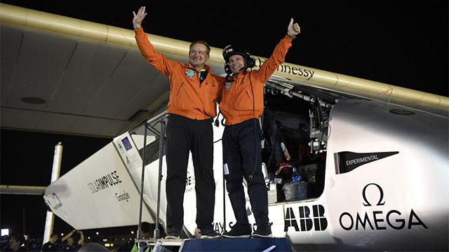 Solar Impulse 2 completa il giro del mondo con energia Solare