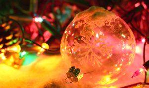palline di Natale con impronta glitter