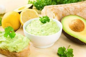 crema di avocado ricetta