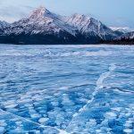 Abraham lake: le spettacolari bolle nascondono un pericolo per il pianeta