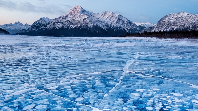 abraham lake bolle nascondono un pericolo