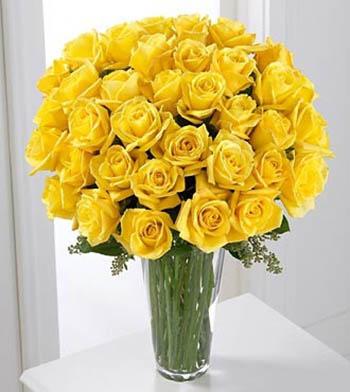 bouquet sposa con rose gialle