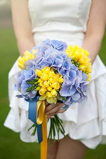 bouquet sposa giallo e blu