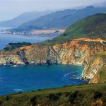 Una gigantesca frana investe la Big Sur in California