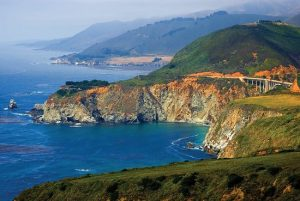 big sur california chiusa a causa di una frana