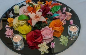 centrotavola fai da te con origami colorati