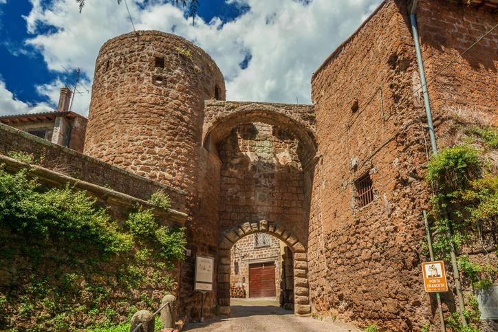 Via Francigena quanti sono i km dell'itinerario storico