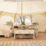 Glamping, campeggio di lusso: mete top in Italia e nel Mondo