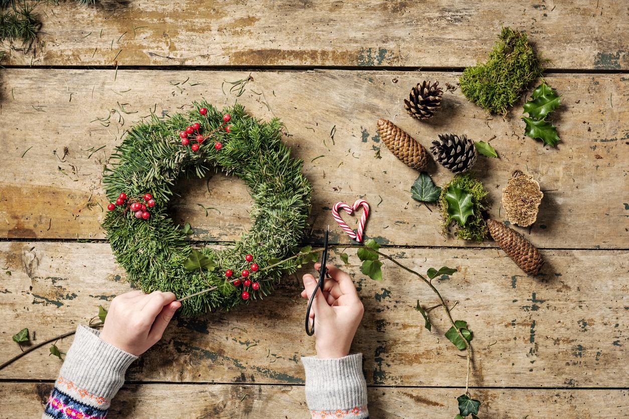 Immagini Di Ghirlande Di Natale.Ghirlande Di Natale Fai Da Te 10 Metodi Per Realizzarne Una