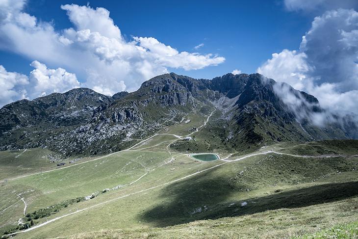 Piani di Bobbio, non solo scii: una meta turistica estiva per gli amanti delle attività all'aria aperta